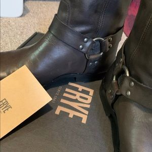 Worn only a handful of times! FRYE PHILIP HARNESS